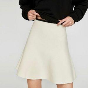 Zara Cream Knit Skirt with Black Trim Size L
